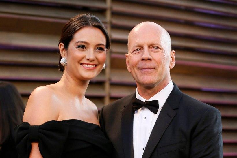 FOTO | VISA HINGE TEGELIKUD JÕULUD: Bruce Willise pere sai Demi Moore'ilt armsa kingituse