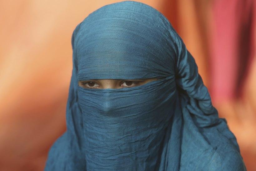 Igal aastal sunnitakse 1000 Pakistani tüdrukut islamiusku ja abiellu endast vanema mehega