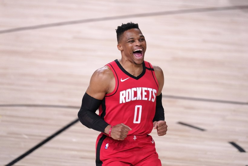 NBA superstaar vahetas klubi