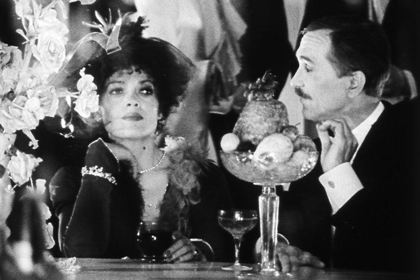 """Ago-Endrik Kerge: """"Mulle alati õudselt meeldis lolle vene filminatšalnikuid tillist tõmmata ja see õnnestus ka """"Savoy balli"""" juures."""""""