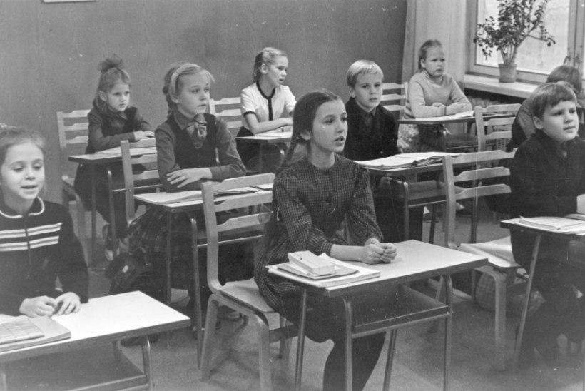 FOTOLAEGAS   Oh kooliaeg, kauge ja meeldejääv!