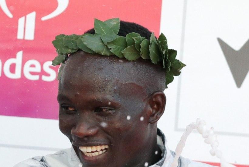 Keenia jooksja püstitas Valencias poolmaratoni maailmarekordi
