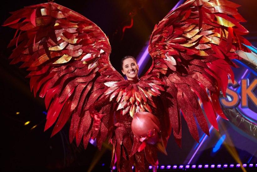 """""""Maskis lauljas"""" teise koha saavutanud Elina Nechayeva laulis 17aastaselt superstaarisaates popmuusikat ja põrus"""