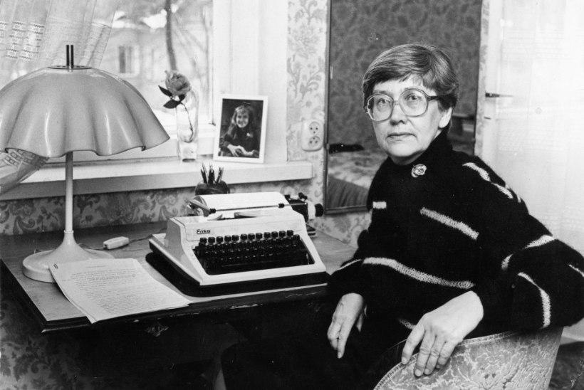 """Heljo Mänd: """"Minult on paljud küsinud, kas ma tõesti pean nii palju kirjutama. Vastus on, et jah, ma pean, ma ei saa teisiti."""""""
