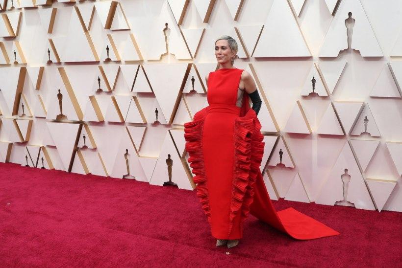 Irvhambad võrdlevad USA näitlejanna Oscari-kleiti lasanjega!
