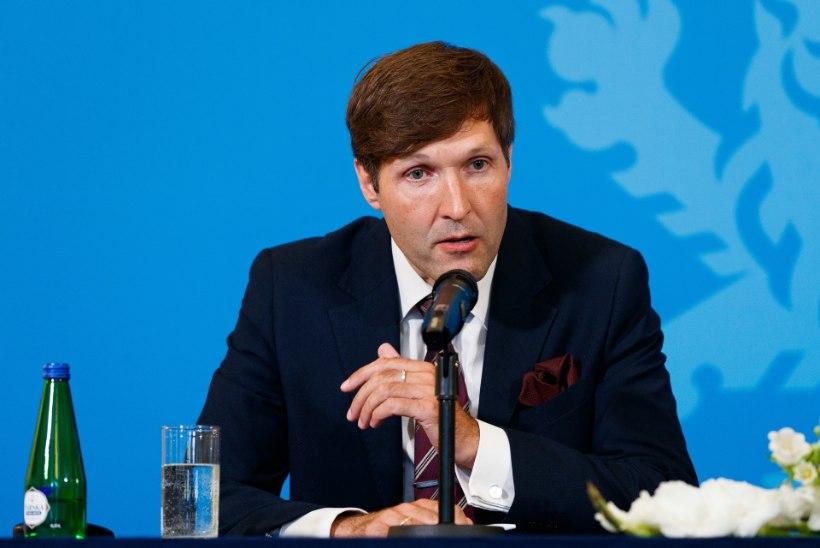 Martin Helme astub kohtus tunnistajapinki