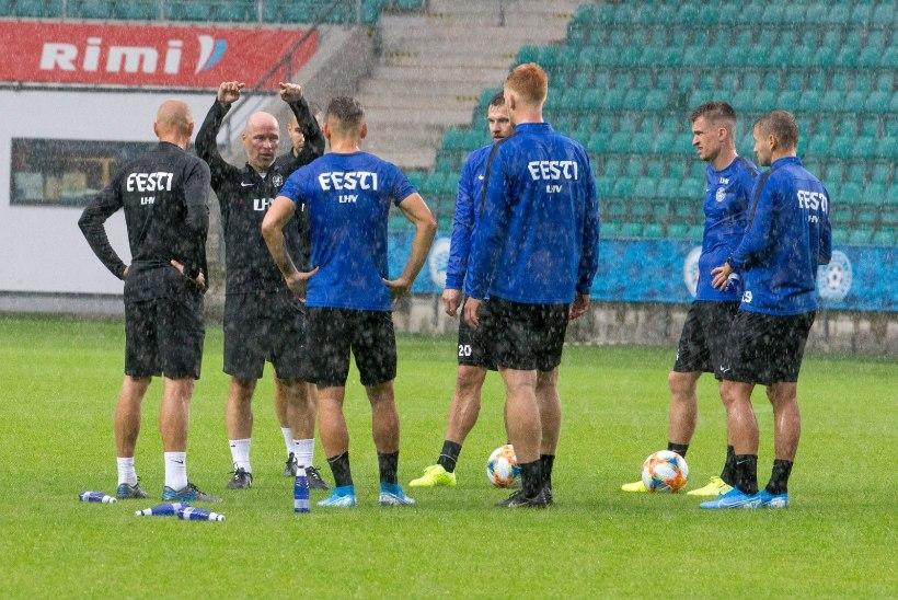 Eesti meeste jalgpallikoondis võõrustab märtsis Leedut