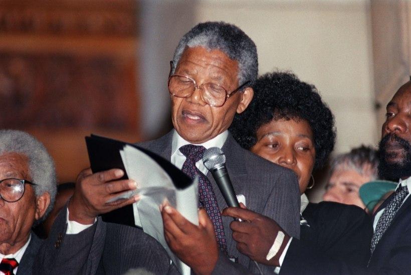 MINEVIKUHETK   11. veebruar: lõppes Nelson Mandela pikk vangistus