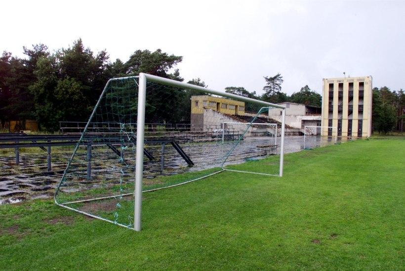 ERAKORDNE: Eesti jalgpalliklubi alustab hooaega miinuspunktidega