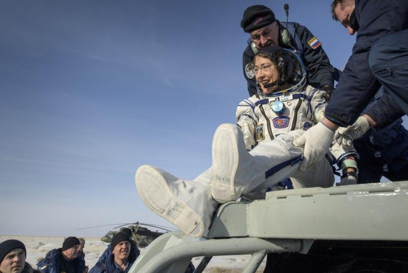 REKORDNAINE: Christina Kochi kosmoselend kestis 328 päeva
