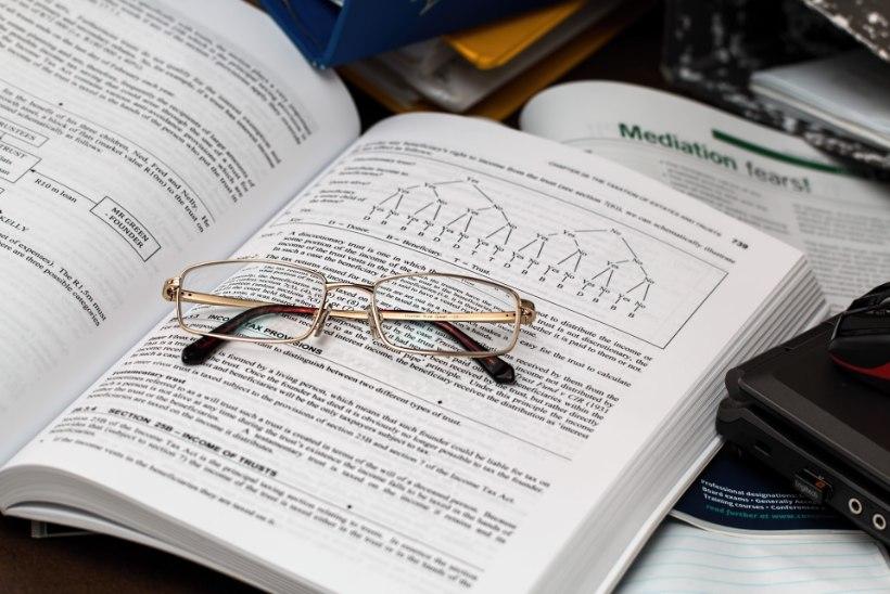 Lugeja küsib: kas ja mis tingimustel on tööandja kohustatud hüvitama prillide ostu?