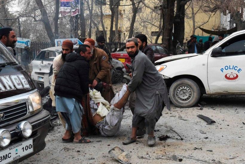 Pakistanis hukkus enesetapurünnakus vähemalt seitse inimest