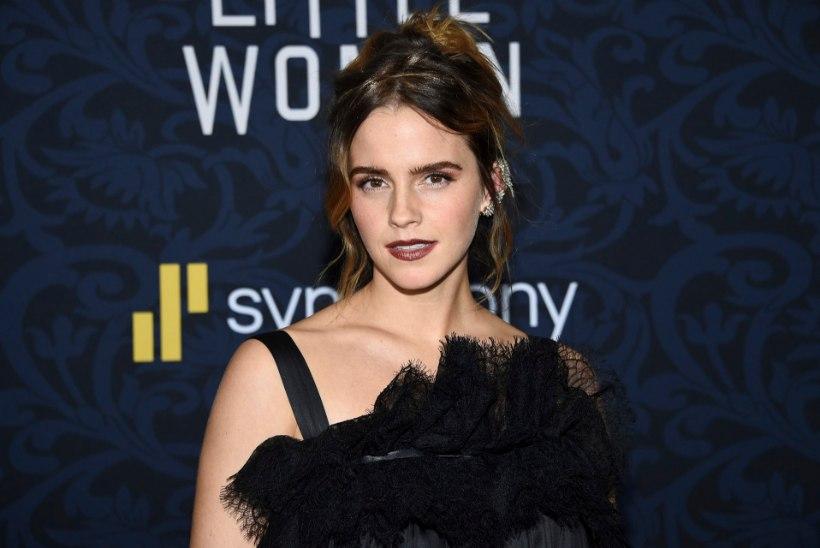 Emma Watson õrnutses luksusjahil salapärase pikajuukselise mehega
