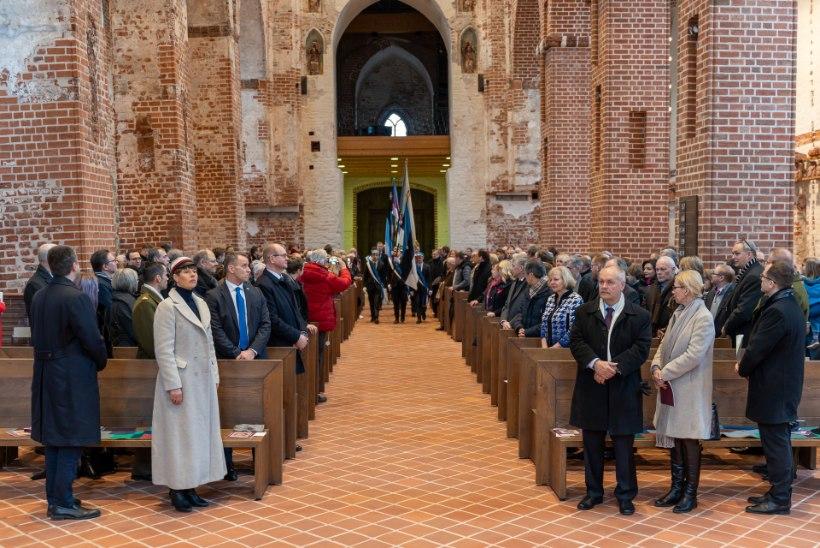 Tartu rahu tõi presidendi kirikusse