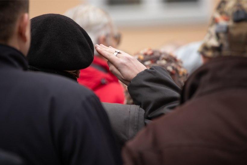 GALERII | Tartu rahu platsil koguneti miitingule