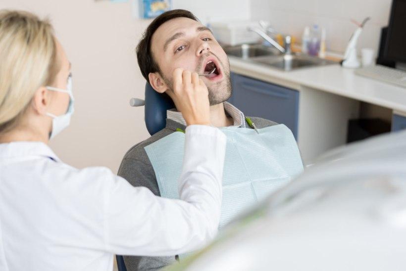 Hambaarstide šokeeriv igapäev: vastuvõtule tulevad peaaegu hambutud noored!