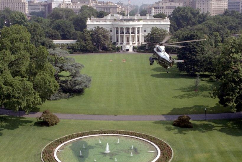 MINEVIKUHETK | 22. veebruar: USA president keelas uneprobleemide tõttu üle Valge Maja lendamise