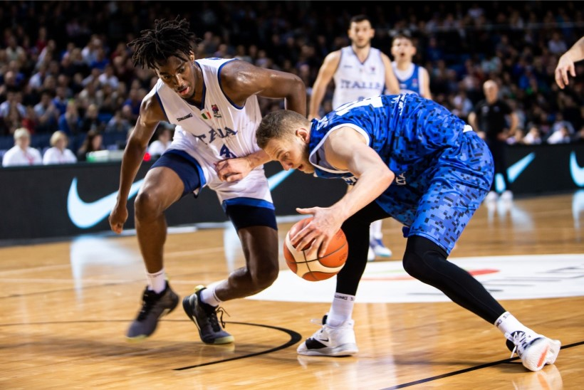 BLOGI JA GALERII | Eesti korvpallikoondis võitles, aga kaotas Itaaliale