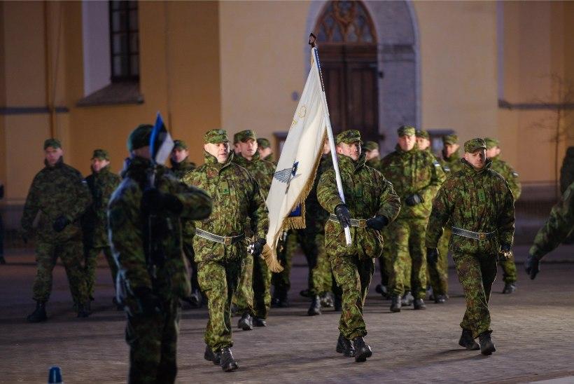 GALERII   PIDUPÄEVAKS VALMIS: Eesti Vabariigi 102. aastapäeva paraadi peaproov