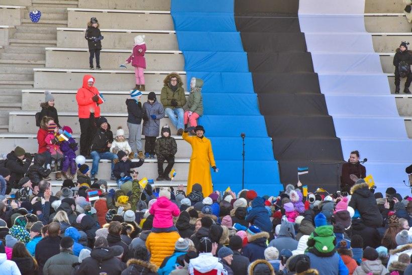 GALERII | President külastas enne pidu Viljandi perepäeva