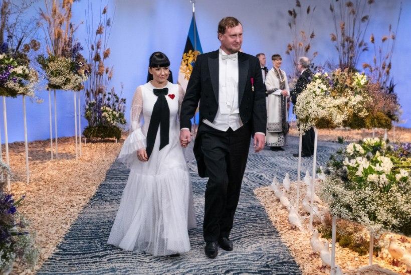 GALERII | Vaata, kuidas külalised presidendipaariga kätlesid