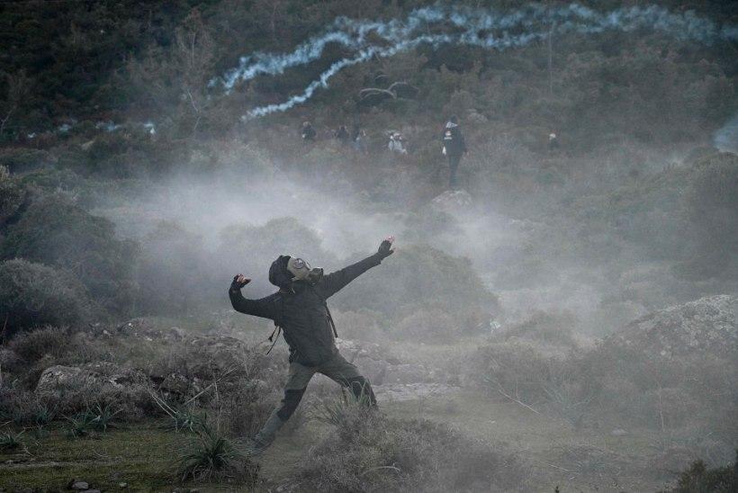 Kreeka saarte elanikud läksid sisserändajate pärast politseiga raksu