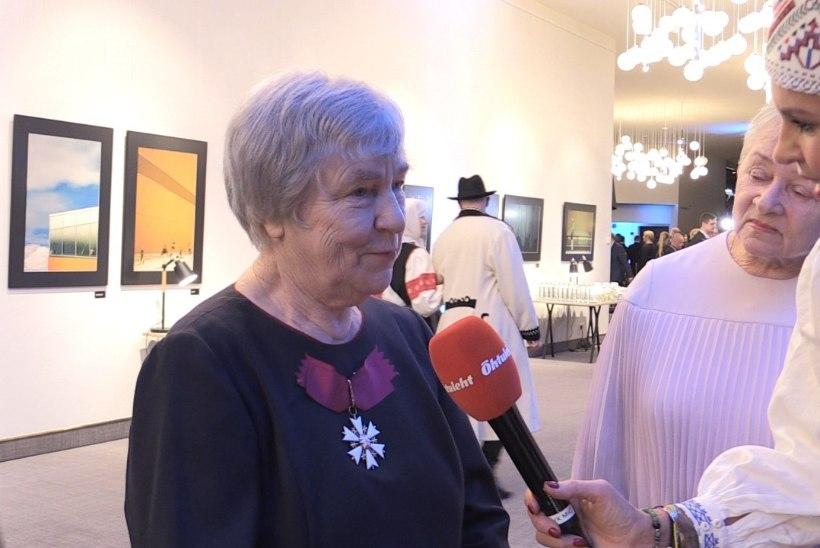 ÕL VIDEO | Anu Raud võrdles end tagasihoidliku värvukesega ja Tiiu Randviir vapra tihasega