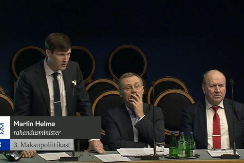 Ministrid Helmed ja Lukas jäid riigikogu saadikute küsimusterahe alla