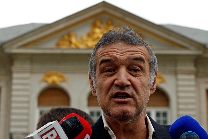 TOHOH! Rumeenia jalgpalliklubi president süüdistab kehvades tulemustes liigset seksi