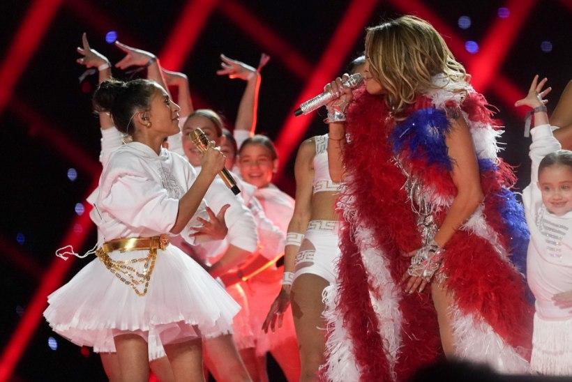 VIDEO | Shakira ja Lopezi Super Bowli sõu trump oli J-Lo 11aastane tütar