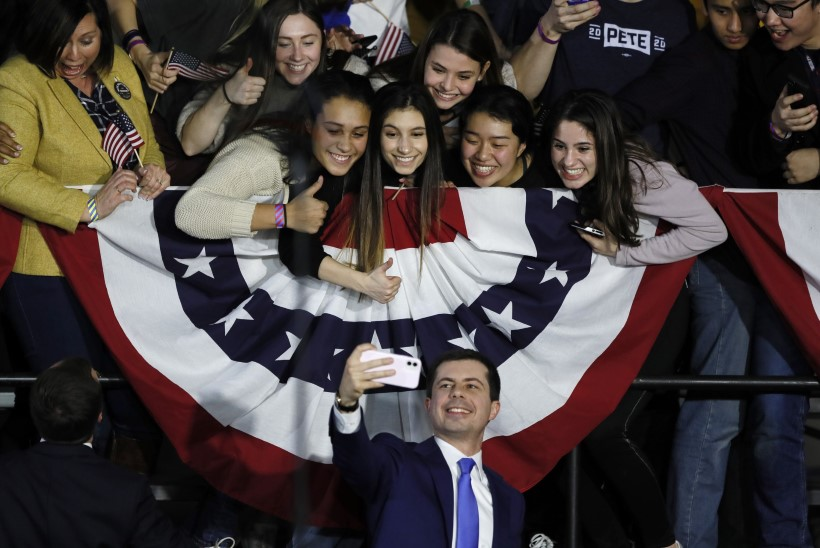 KAOS: USA demokraadid häbistasid end Iowa eelvalimistel