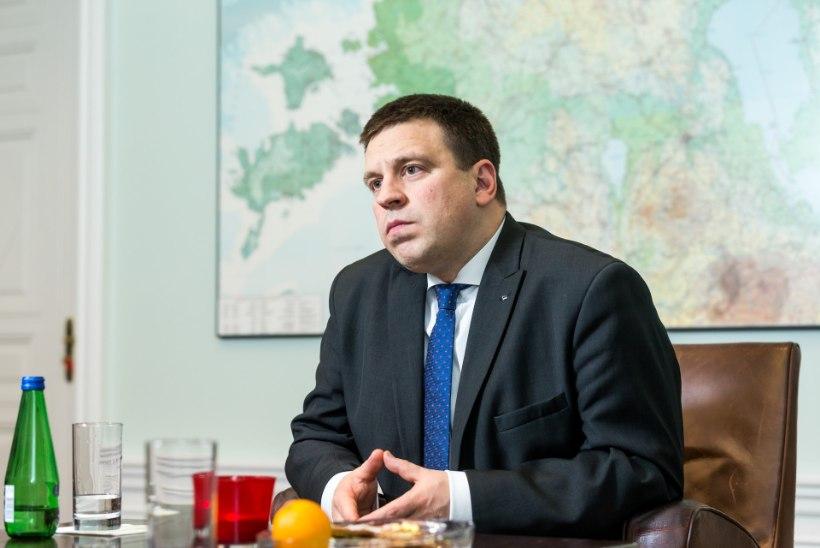 Ratas: sotsiaalminister ei pea tagasi astuma, kui osad apteegid jäävad 1. aprillil suletuks