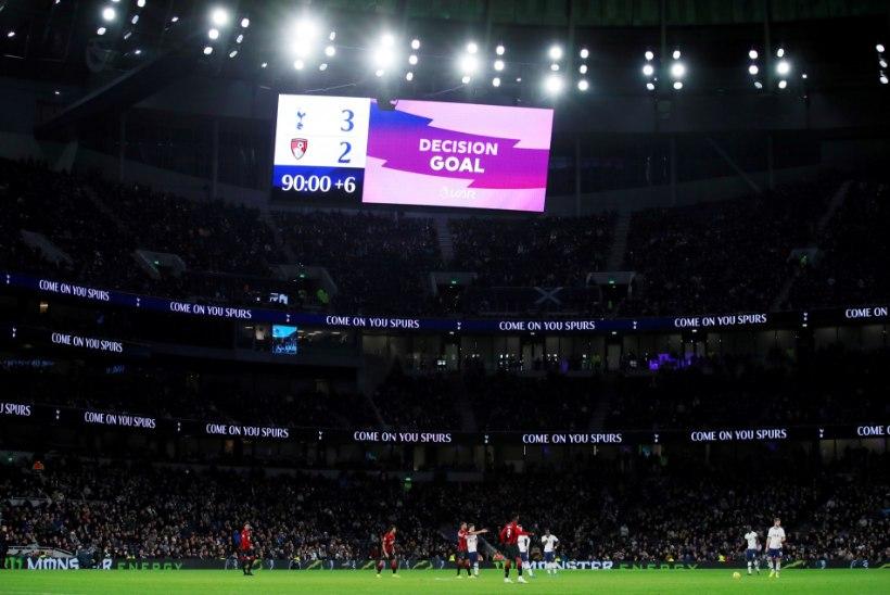 Inglise kõrgliigaklubi karistas rassistlikke solvanguid pildunud noorukit eluaegse staadionikeeluga