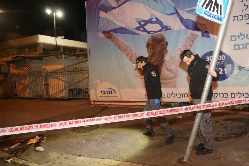 Jeruusalemmas Iisraeli sõdureid ramminud autojuht on siiani tabamata