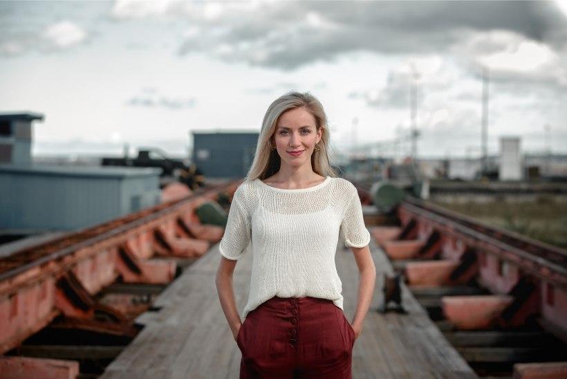 Ajakirjanik Anna Pihl läheb lapsepuhkusele märtsis