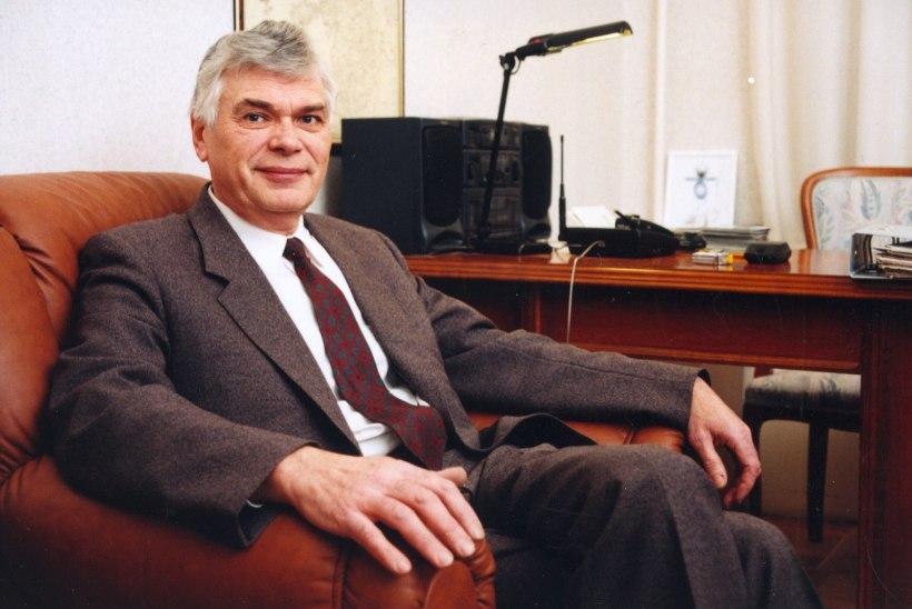 Suri helilooja ja muusikapedagoog Märt Hunt