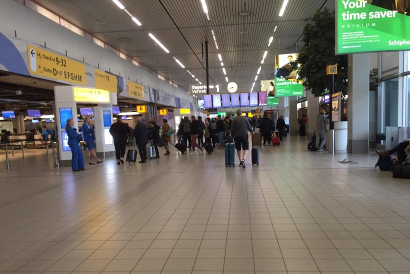 VIDEO JA FOTOD   Eestlanna teekond Hollandist koju: paanikat pole, inimesi reisib vähe