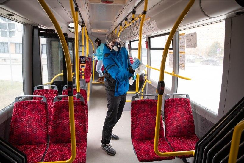 FOTOD   Kindlam tunne: Tartu linnaliinibussid saavad lõpp-peatustes viirusetõrje
