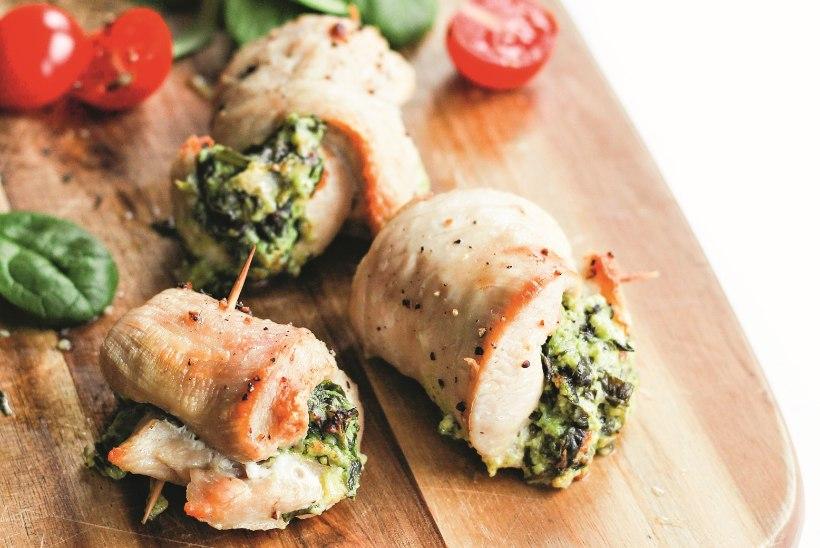 Roheline tervisepomm toidus: spinati-juustutäidisega kanarullid