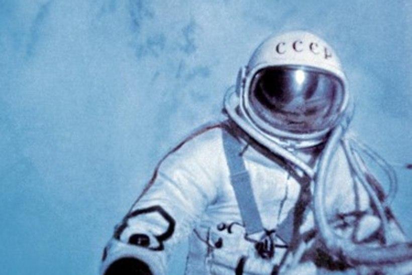 MINEVIKUHETK   18. märts: esimene inimene sooritas kosmosekõnni