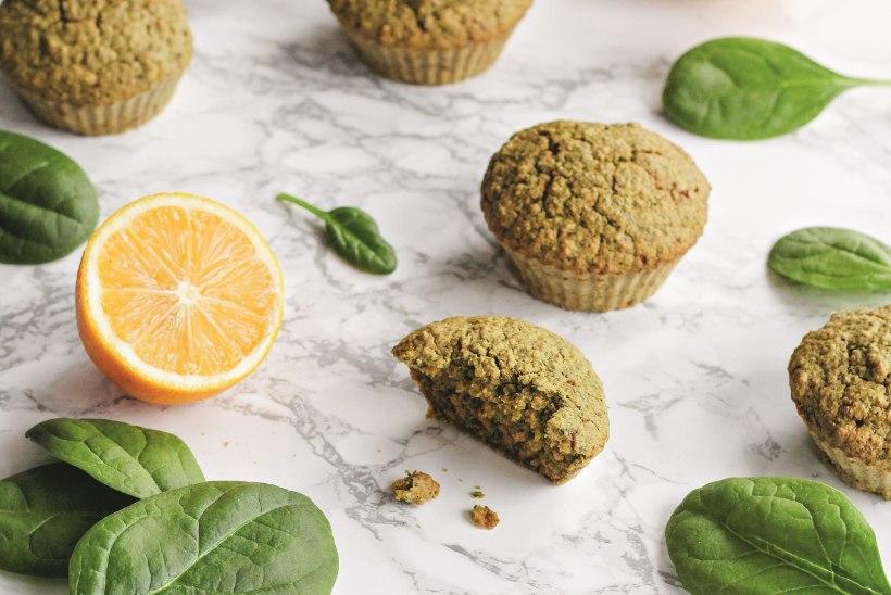 MÕNUS VAHEPALA: rohelised sidrunimuffinid spinatiga