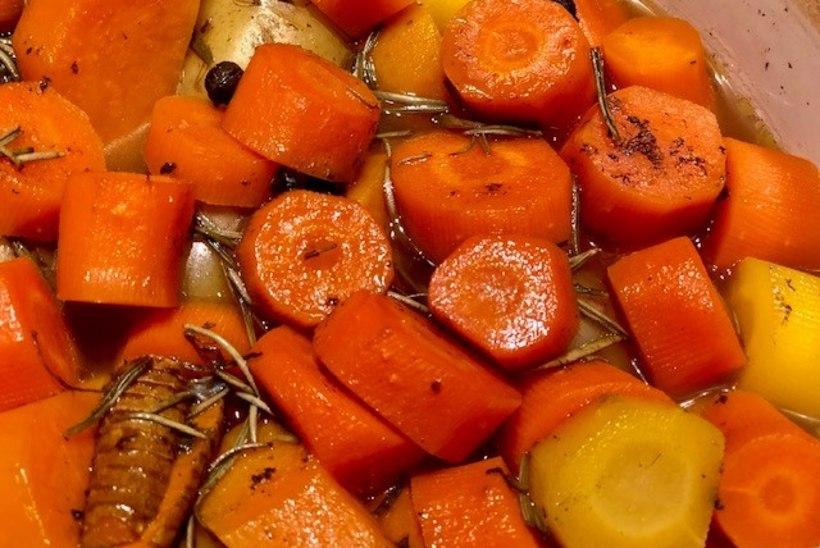 EVELIN ILVESE KOKAKOOL | Tervislik ja lihtne ahjupotiroog hakkliha ja aedviljadega