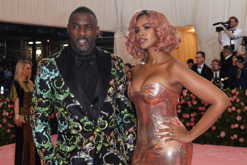 Lisaks Idris Elbale nakatus koroonaviirusesse tema naine