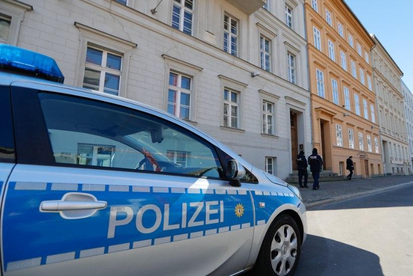 OTSEKONTAKT NAKATUNUGA: karantiinis viibiva Angela Merkeli esimene test oli negatiivne