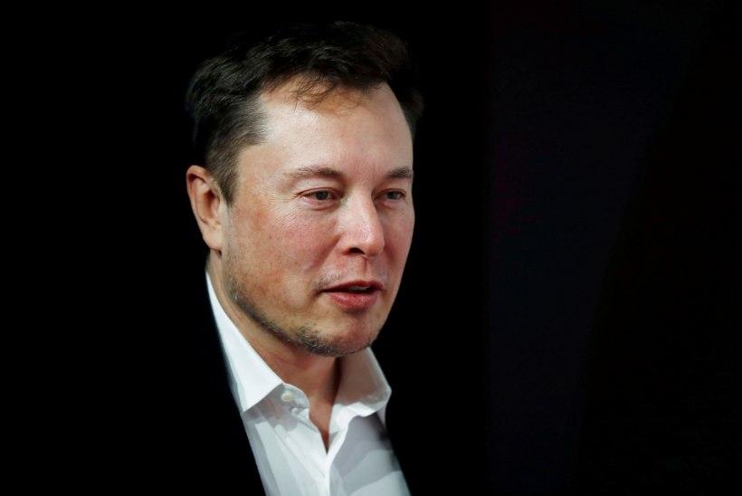 HEATEGU: miljardär Elon Musk kingib haiglatele 1255 hingamisaparaati