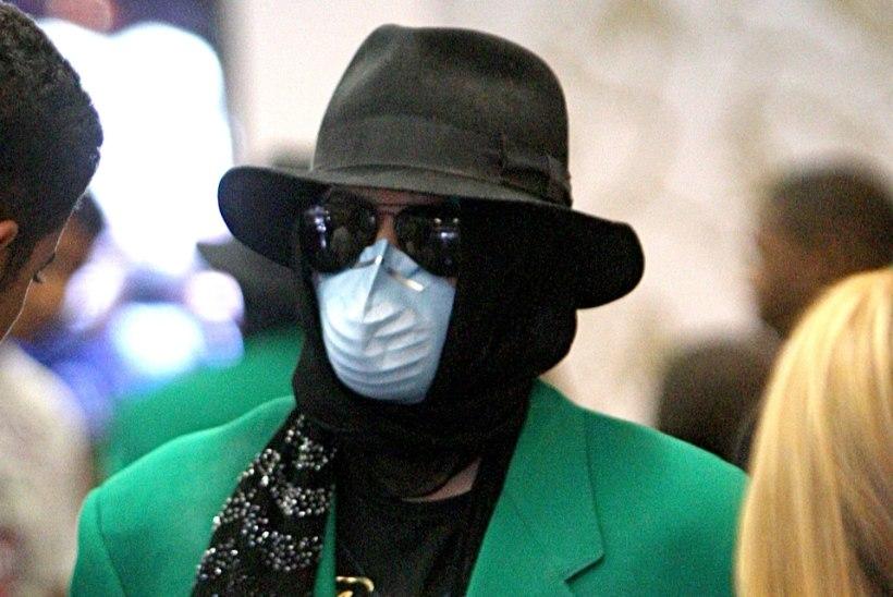 Michael Jackson ennustas koroonaviiruse tulekut ja kandis seetõttu maski