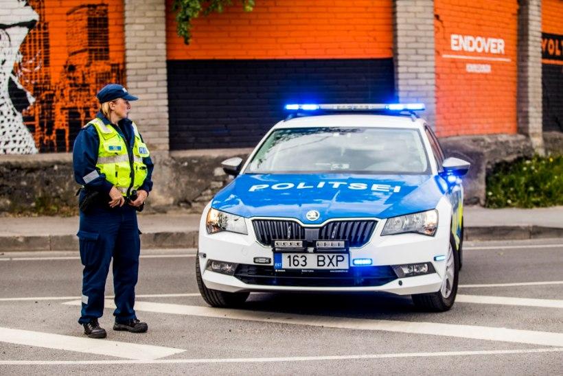 Politsei tabas kaasliikleja vihje peale Viljandis ringi sõitnud roolijoodiku