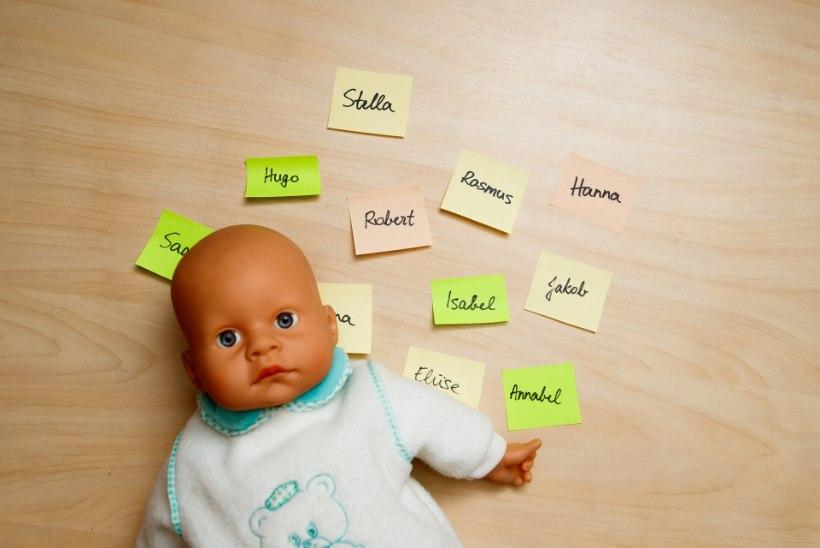 ÕL VIDEO | KUIDAS LAPS ENDALE NIME SAI? Emad-isad leiavad põnevaid põhjuseid: E-täht on kollane, ilmutus unenäost ja ABC-õekesed