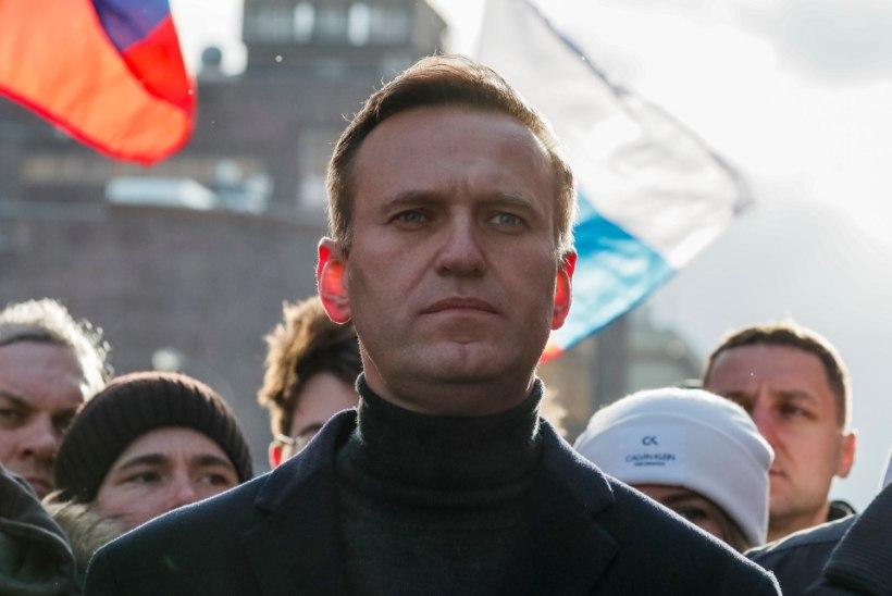 Kreml külmutas opositsioonijuhi Aleksei Navalnõi ja tema pere pangaarved