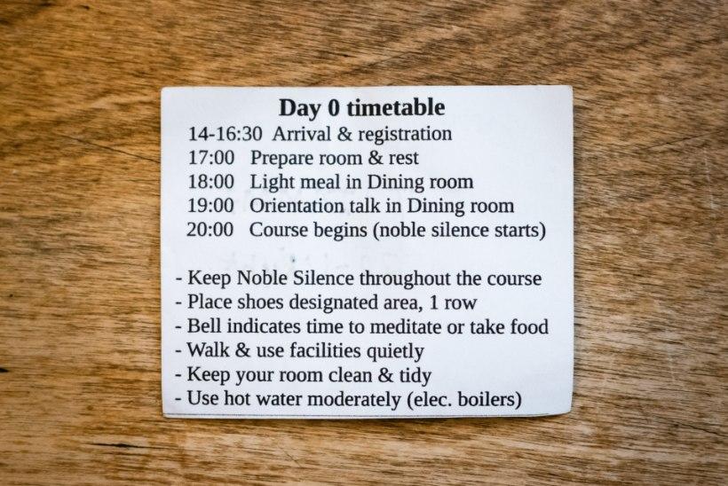ELUMUUTEV KOGEMUS: kuidas mõjub 10 päeva vaikimist ja 100 tundi mediteerimist?